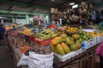 El colorido y diverso mercado de Dos Puentes en Pasto, Nariño. Fuente: 3Colibrís.